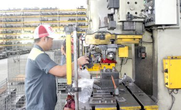 Doanh nghiệp ngành công nghiệp hỗ trợ: Vất vả phục hồi sau dịch