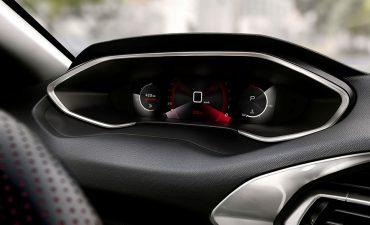 Nhiều ô tô sẽ bị cắt giảm trang bị điện tử vì tình trạng thiếu linh kiện bán dẫn