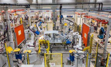 Thiếu hụt chip điện tử: Tăng trưởng ngành ô tô gặp khó