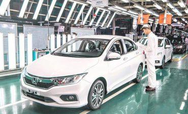 Làm gì để phát triển công nghiệp ô tô?
